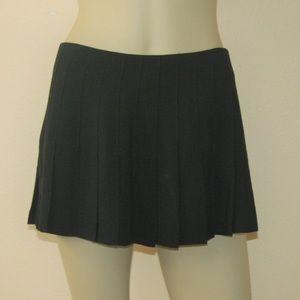 Betsey Johnson 90s Black Pleated Mini Skirt M